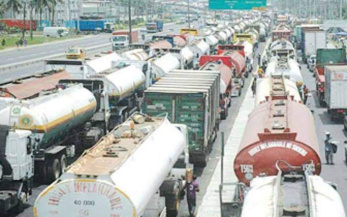 Ports Congestion: National Inland Waterways Authority Hires Firm To Move Cargo From Lagos To Onitsha