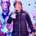 Tope Alabi blasts Yinka Alaseyori over #Oniduromi song