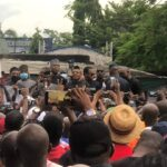 Ayade in trouble as PDP gives quit notice to APC in C/River