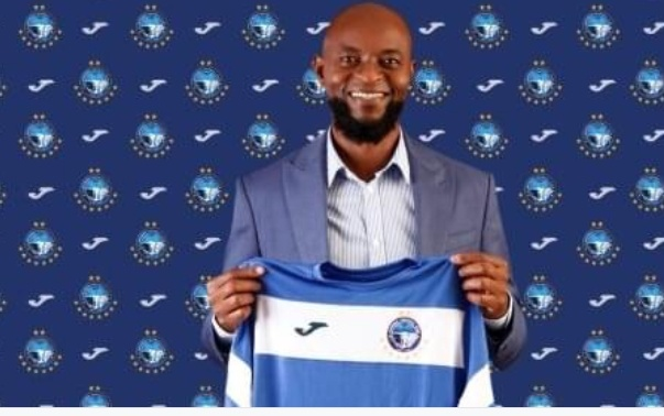 Excitement as Enyimba officially unveils Finidi George as new head coach