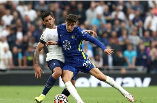 Dominant Chelsea Outclass Tottenham To Go Top Of Premier League Table