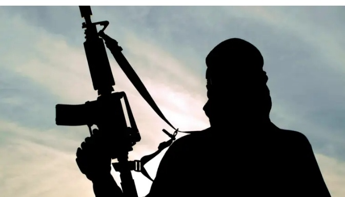 Two killed, many injured as gunmen attack APC, APGA campaigners in Anambra