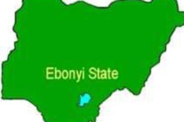 BREAKING: Detainees Freed, Patrol Van Burnt As Gunmen Attack Ebonyi Police Station
